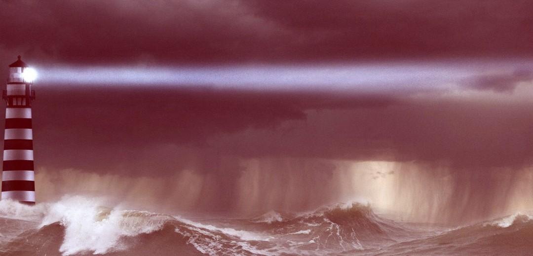 faro-in-tempesta-rosso